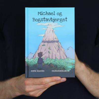 Bog: Michael og Bogstavbjerget