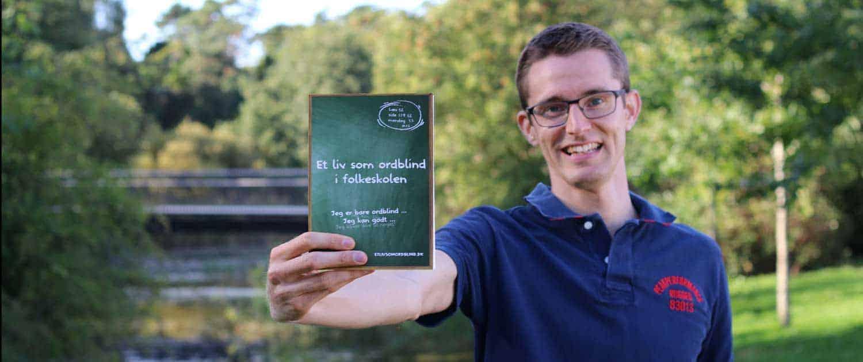 Et liv som ordblind i folkeskolen - Bog skrevet af Forfatter Jesper Sehested