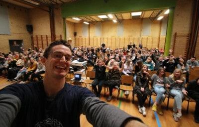 Foredrag - Jesper Sehested - 4. - 6. klasser - Fra 71 fejl i diktat til uddannelse ... og nu forfatter