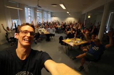 Fra 71 fejl i diktat til uddannelse og nu forfatter- Jesper Sehested - Ordblind