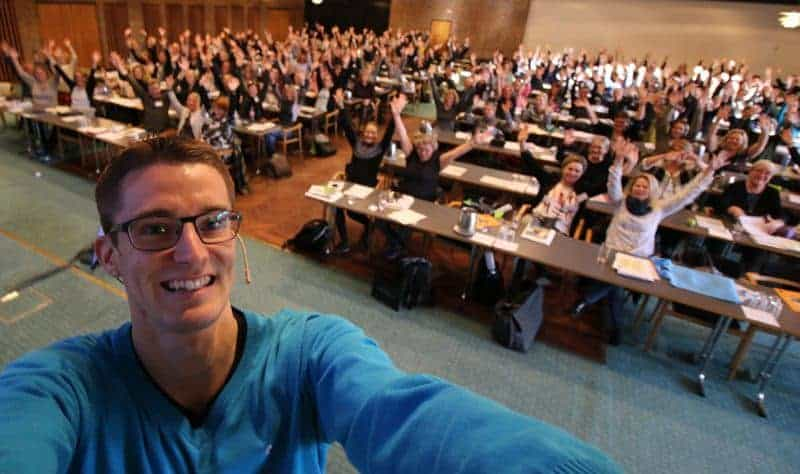 Jesper Sehested holder foredrag om livet som ordblind for læsepaedagoger