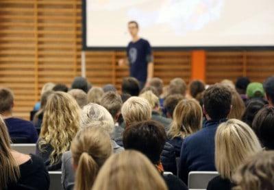 Foredrag på ordblindeefterskole - Ordblindeugen - Foredrag på Aalborg Bibliotek - fra 71 fejl i diktat til uddannelse ... og nu forfatter