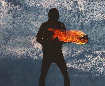 mand med ild